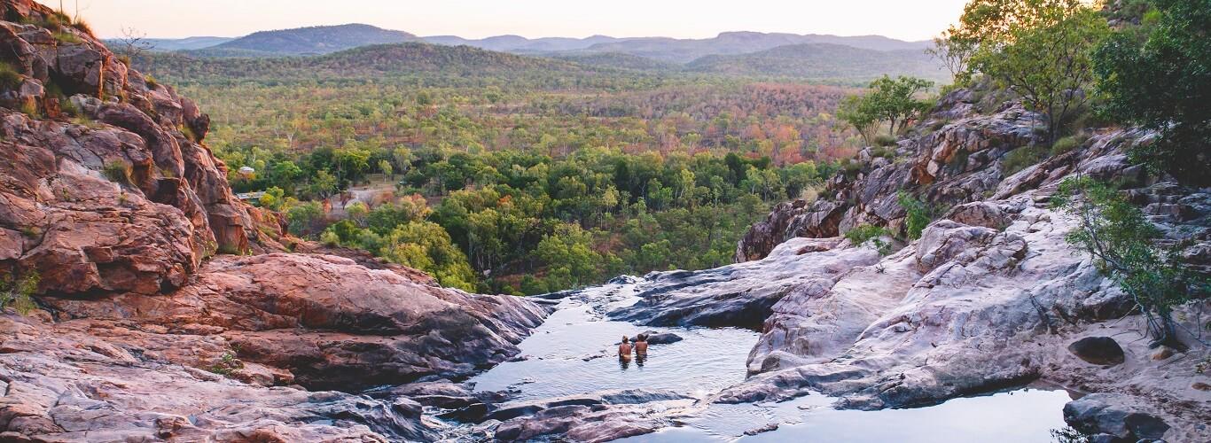 2 Day Kakadu Tour - Gunlom Falls at Sunset