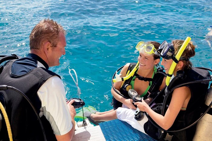 Scuba Dive with instructor