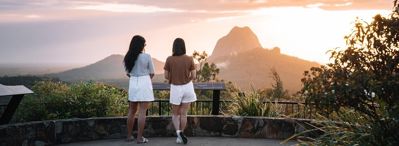Sunshine Coast Tour - Glass House Mountains