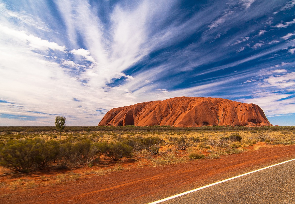 When is the best time to visit Uluru?