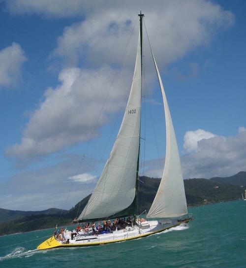 Apollo Boat