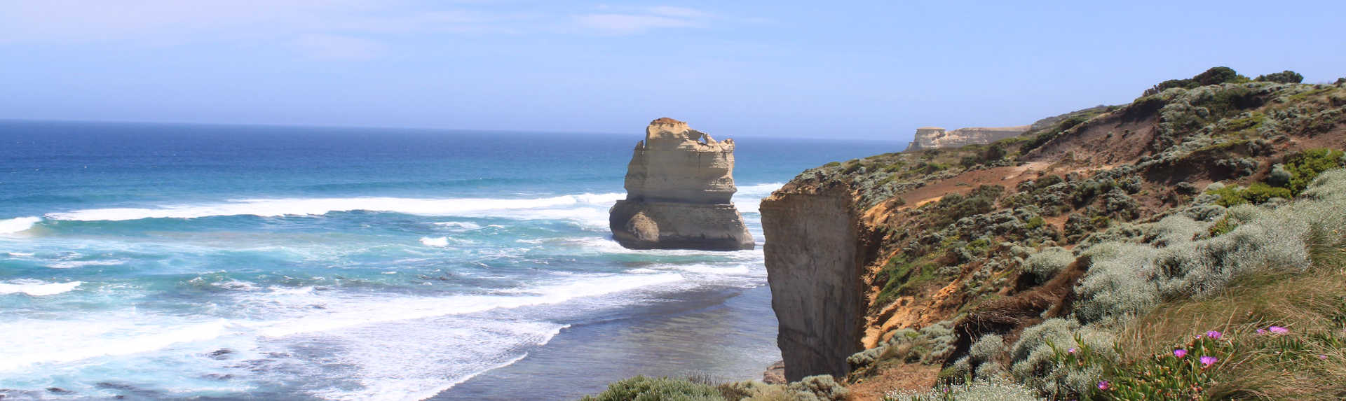 How long does it take to get to 12 Apostles from Melbourne?